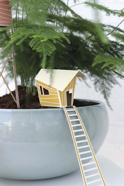 Assembli 3D Paper Tiny House Lily