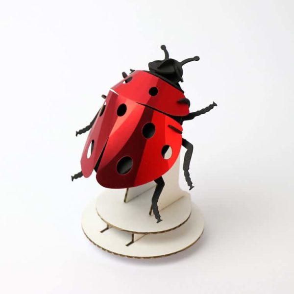 Assembli 3D paper insect ladybug