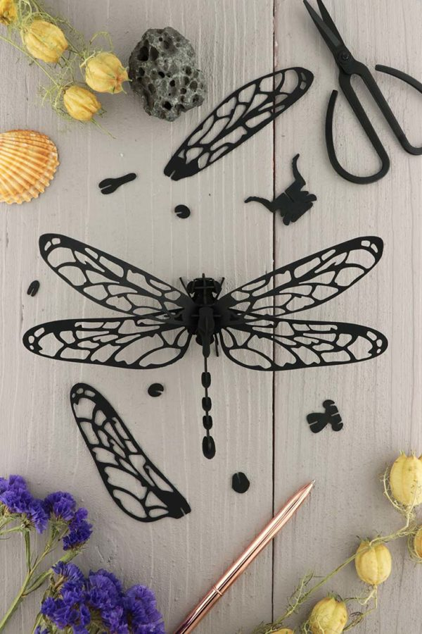 Assembli 3d paper insect dragonfly black